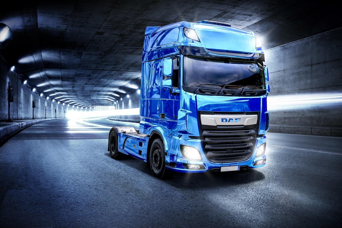 DAF XF BLUE Wallpaper Tunnel